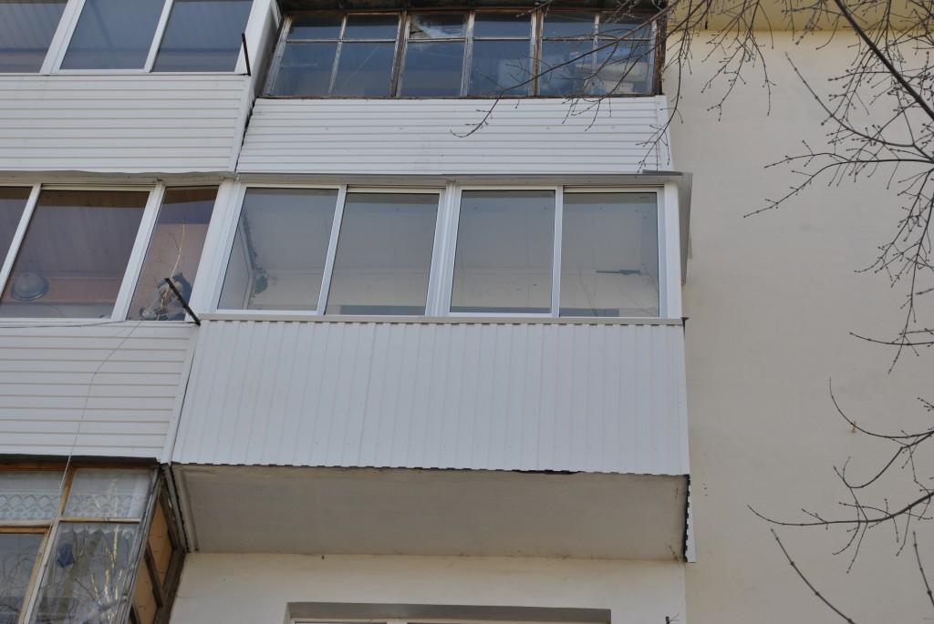 Балкон на улице северной.